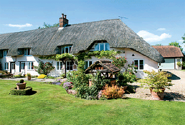 Hampshire thatched cottage