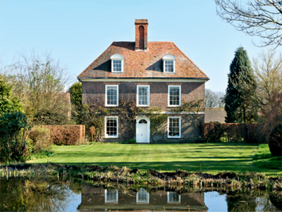 Queen anne house in east sussex for sale country life for Homes for sale in the uk