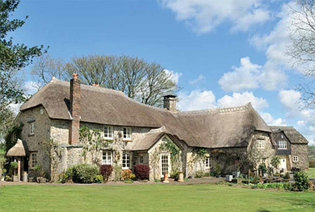 Thatched farmhouse in Honiton, Devon