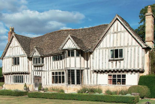 Magnificent medieval houses in Oxfordshire and Suffolk ...
