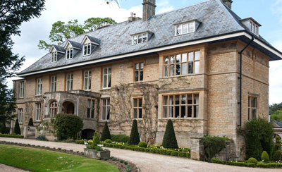One Which Has Been Given A New Lease Of Life Is Lower Slaughter Manor Rescued From The Ashes Von Essen Chain Place Survived Remarkably Well