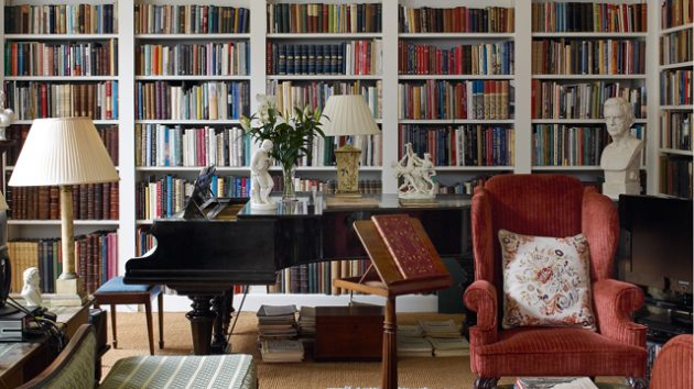 Country house libraries country life - Building a home library ...
