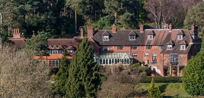 Milhanger, country houses Surrey