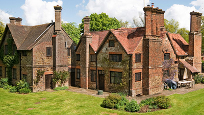 Osbrooks, Surrey country houses