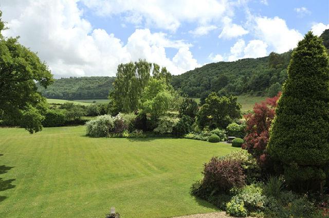 Idyllic Dorset cottage