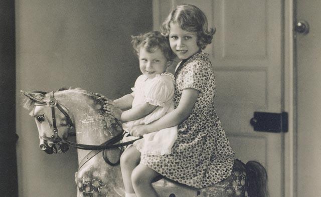 Royal Children at Buckingham Palace