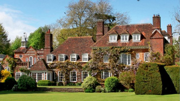hampshire 39 s country houses set the pace country life