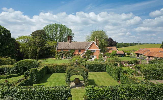 Handsome Suffolk Country House Near Halesworth