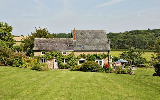 Herefordshire country cottage for sale