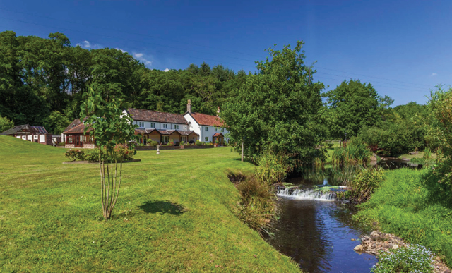 Taunton country houses for sale