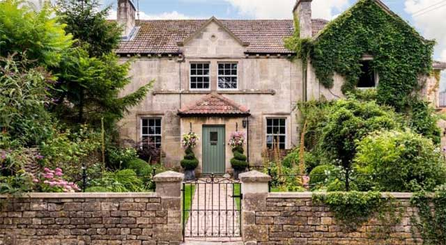 Wiltshire countryside properties for sale
