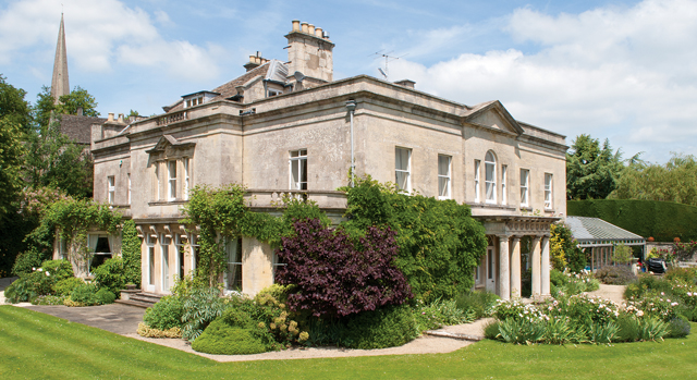 Historic cotswolds country house comes to the market for Country mansion for sale
