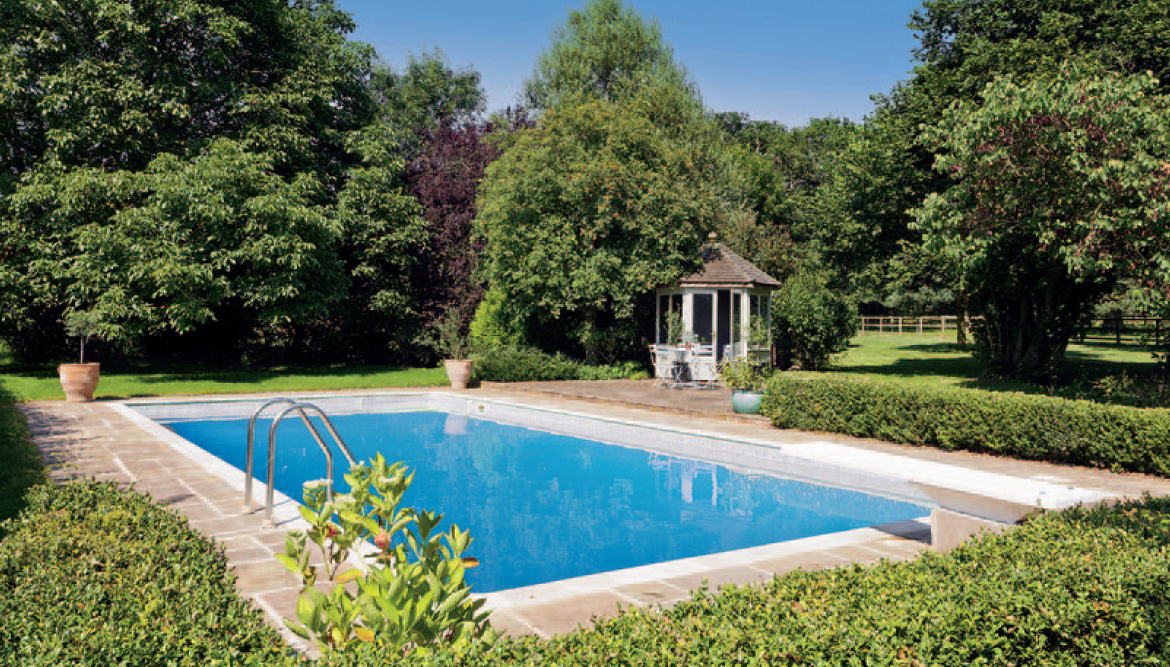 Farmhouse in suffolk with paddocks for sale for Farmhouse with swimming pool