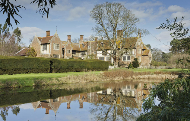 rainthorpe hall is an exceptional elizabethan manor house