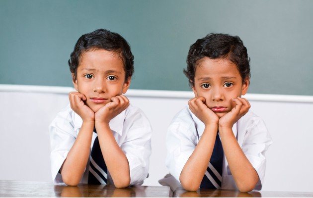 Should twins be seperated at school?
