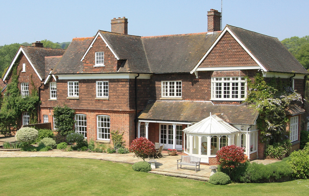 houses for sale in the surrey hills