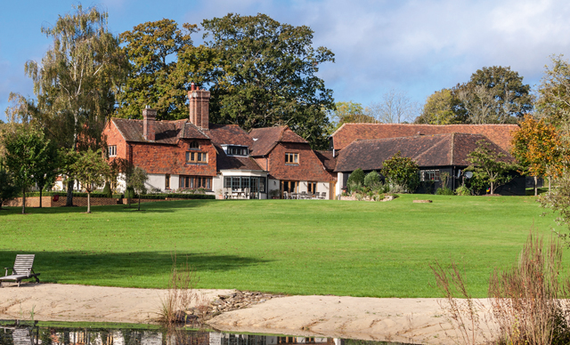 Country Houses For Sale In The Surrey Hills Country Life