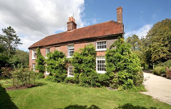 family friendly country houses for sale in hampshire