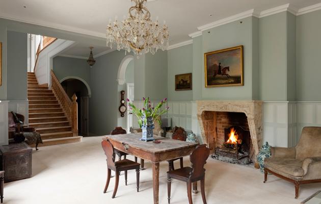 how art can transform a home