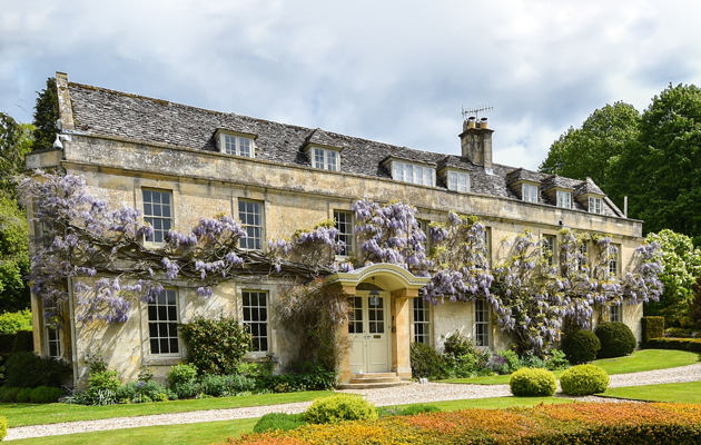 Splendid Country Houses For Sale In The Cotswolds