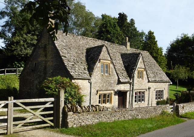 6 gorgeous gloucestershire properties for sale country life for Country home builders near me