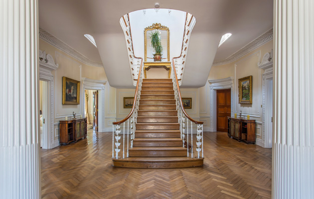 country homes with impressive staircases