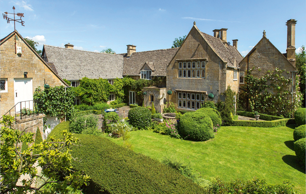 Cotswolds country houses for sale
