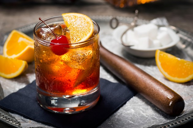 whisky cocktails - old fashioned