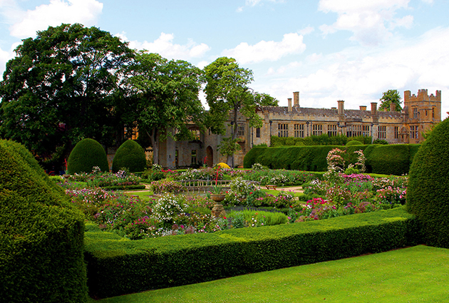 sudeley castle gardens feature