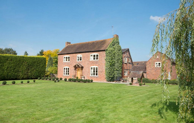 properties for sale near national hunt racecourses