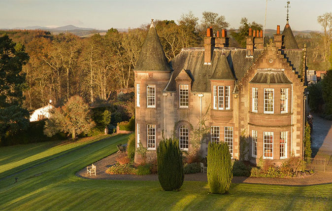 Spectacular scottish castles and estates for sale for Scottish highland castle house plans