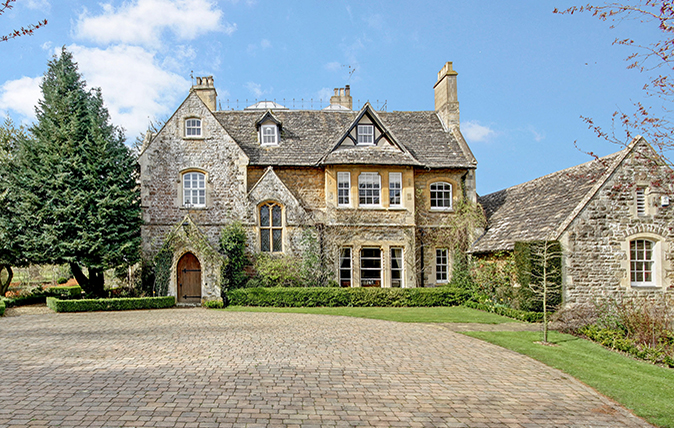 top family houses for sale