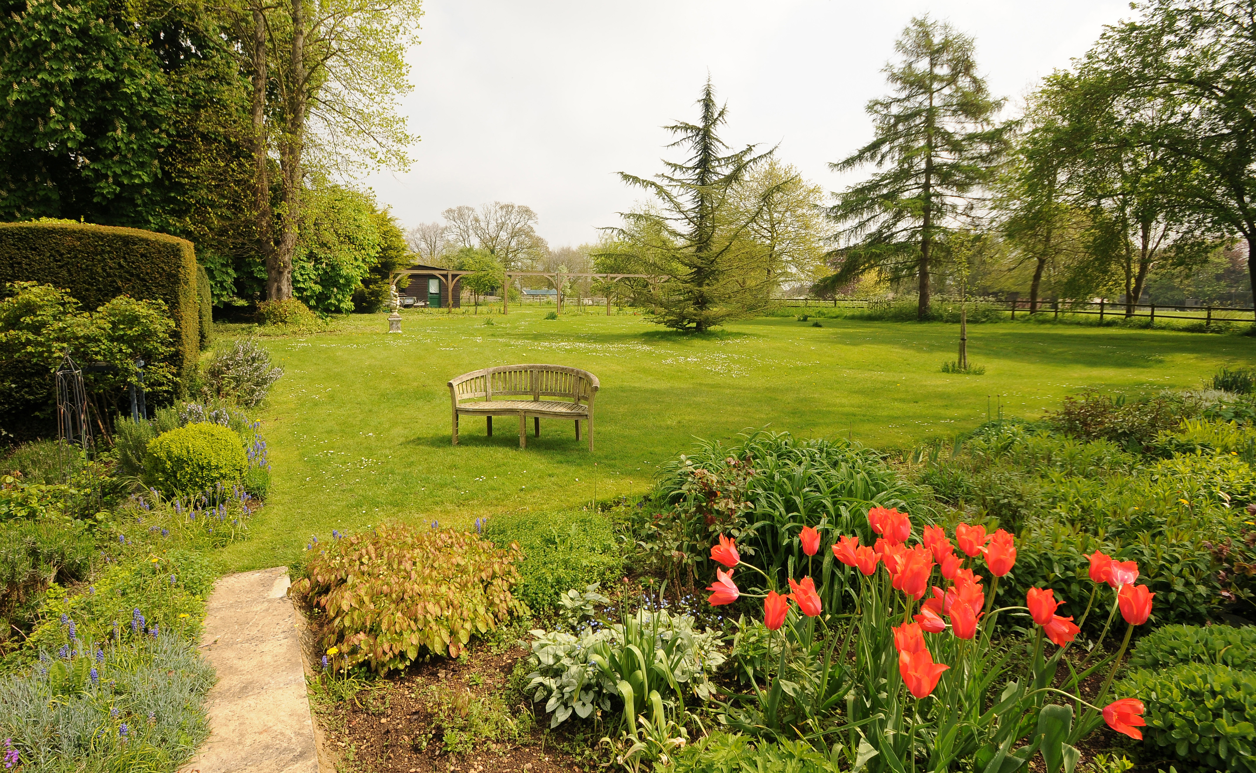 Kempsford garden gloucestershire country life for Garden design gloucestershire