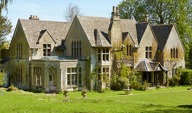 Property Fore Sale Cotswolds