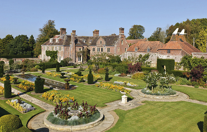 The Country Estate Market Who Are The Buyers Country Life