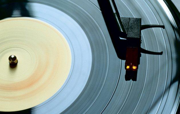 7 reasons to listen to vinyl