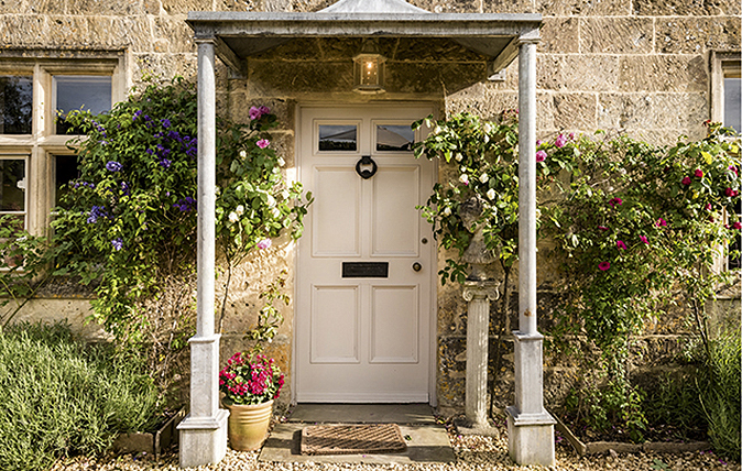 Six houses for sale with beautiful front doors country life for Front doors for sale