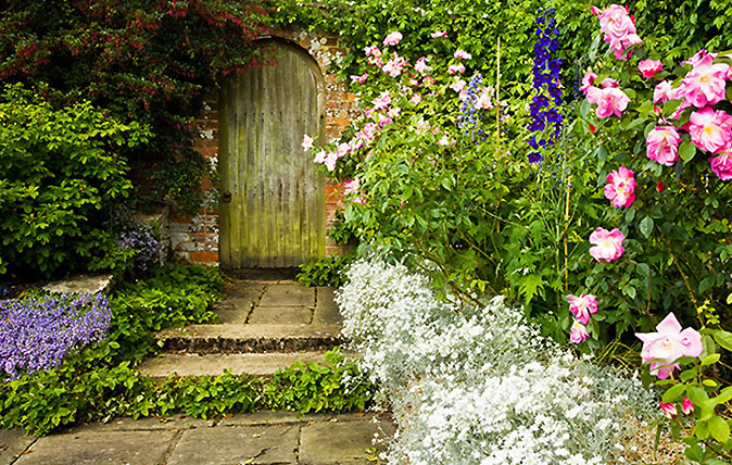 17 Country Garden Gates Which Demonstrate A Perfect