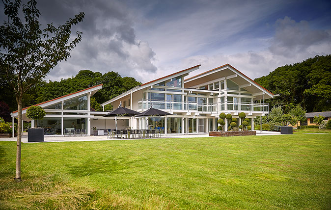 The Lake House, An Ultra-modern Masterpiece In A Glorious