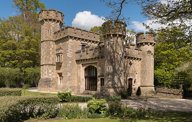 Bath Lodge Castle - Savills