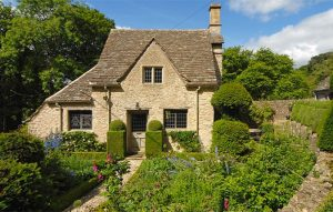 seven golden rules you need to know before selling a country house