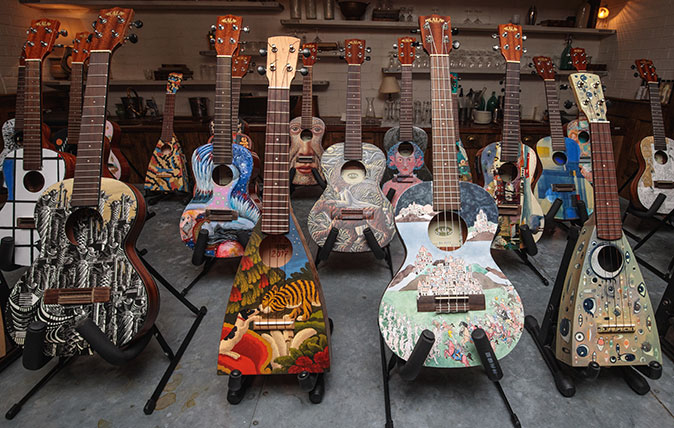 Ukuleles painted by great artists – charity auction