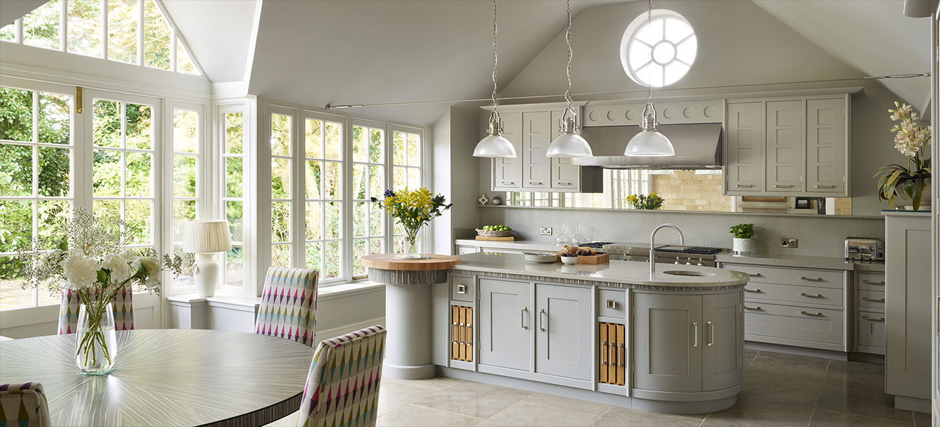 Art Deco kitchens: An ageing classic look that is still pushing