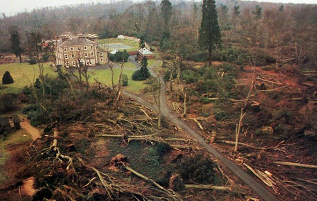 The Great Storm Of October 1987 Stories And Pictures From