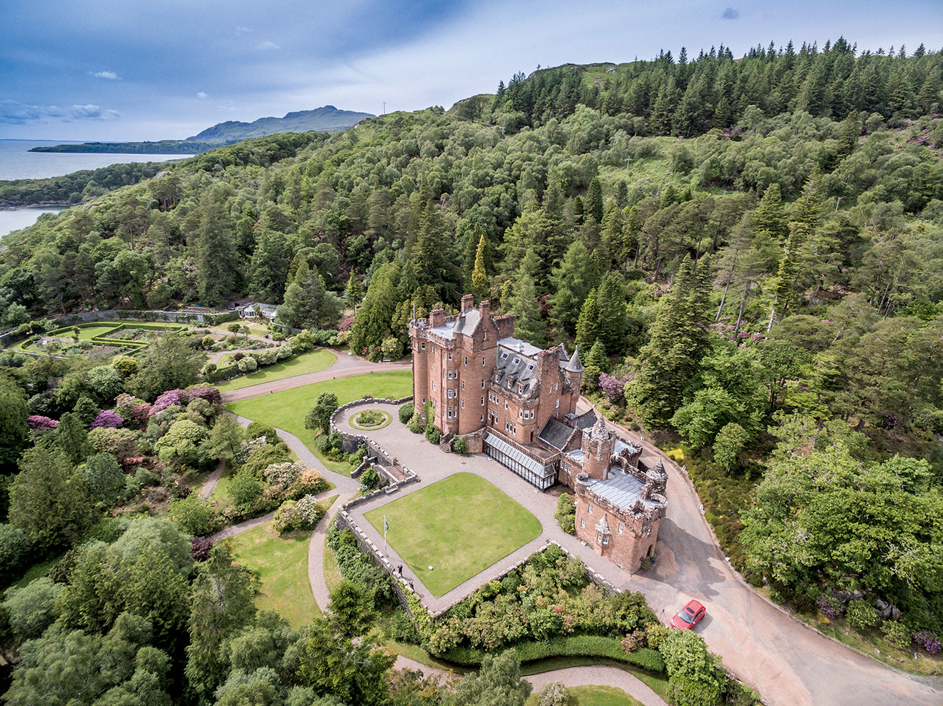 Spectacular scottish castles and estates for sale for Private estates for sale