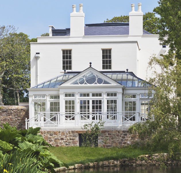 vale garden houses country life. Black Bedroom Furniture Sets. Home Design Ideas