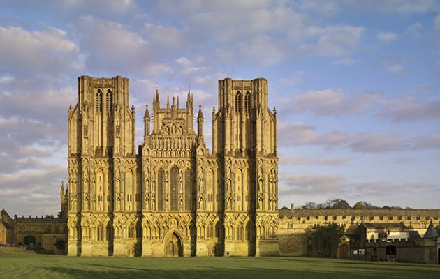 Wells Cathedral Somerset A Symphony Of Architecture