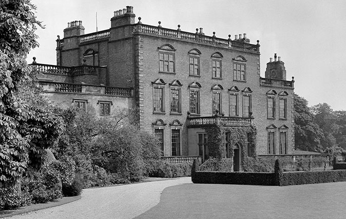 Halnaby Hall. The house, which was built in 1661 with the wings added in the 18th century, was demolished in 1952. (©Country Life Picture Library)