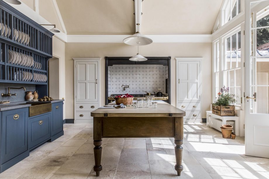 The best builders in Britain, from Country Life's secret