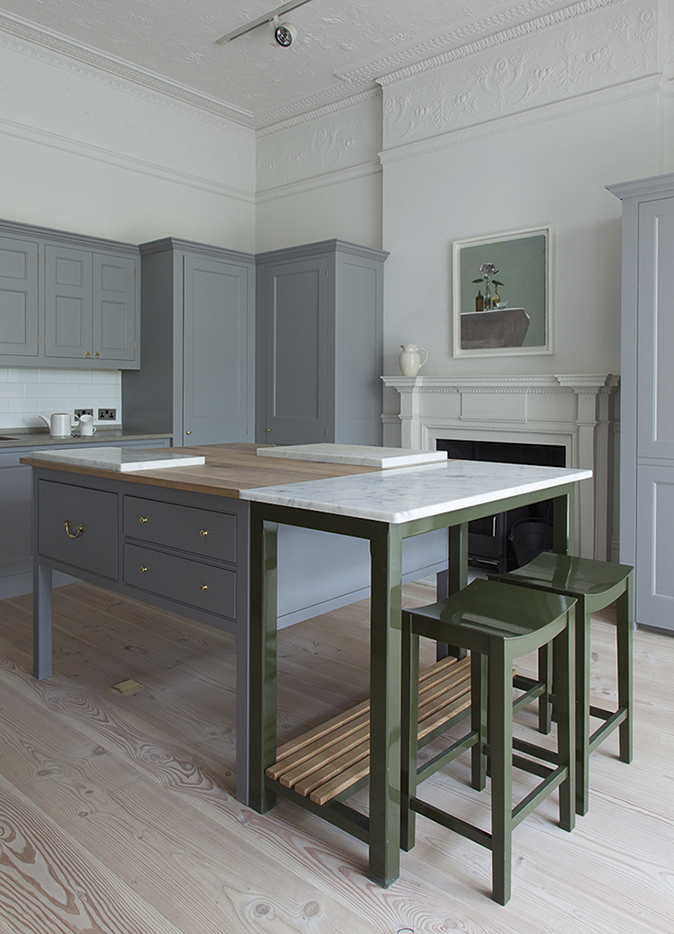 Remarkable Nine Lovely Kitchen Islands Country Life Dailytribune Chair Design For Home Dailytribuneorg